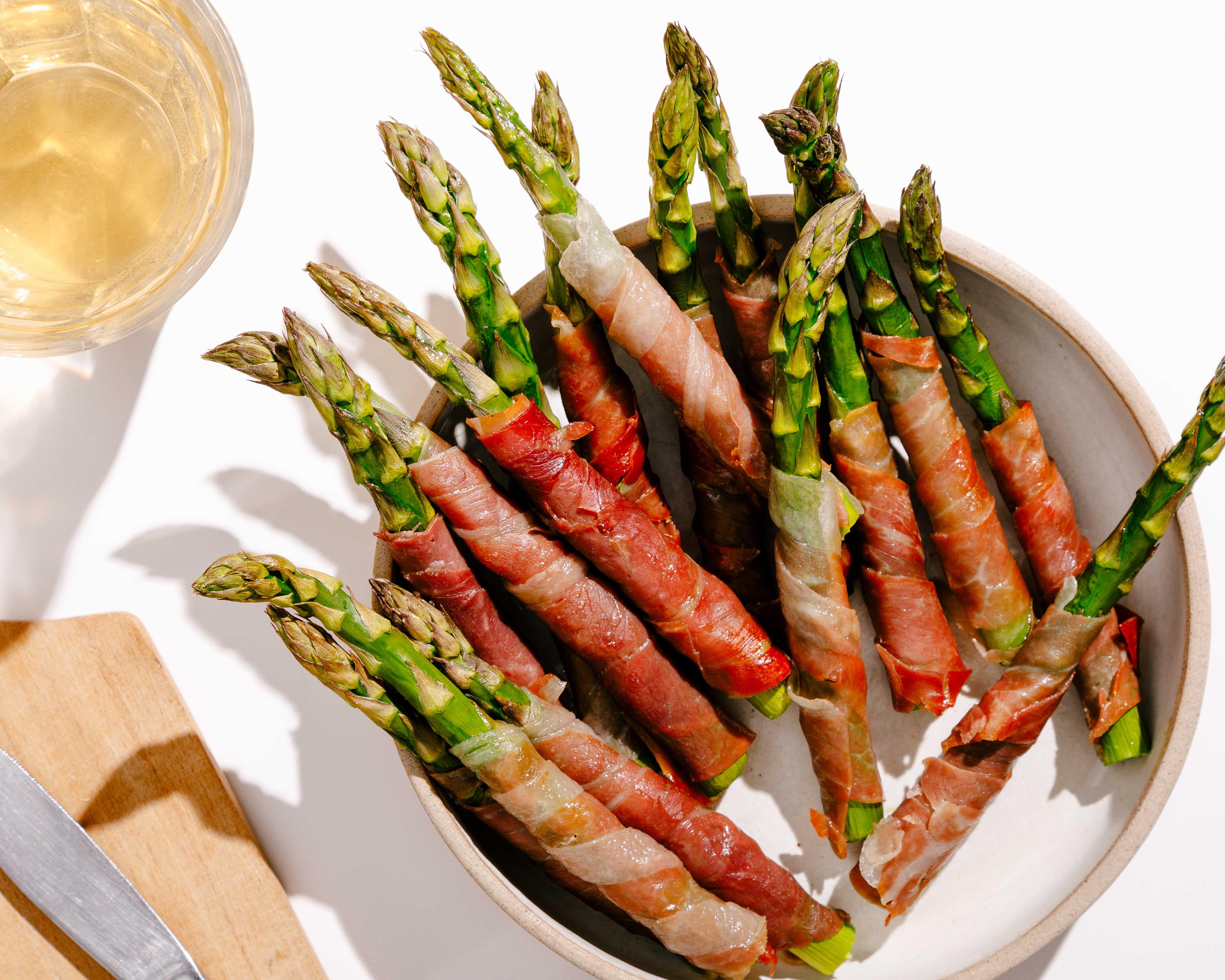 Crunchy Prosciutto Wrapped Asparagus